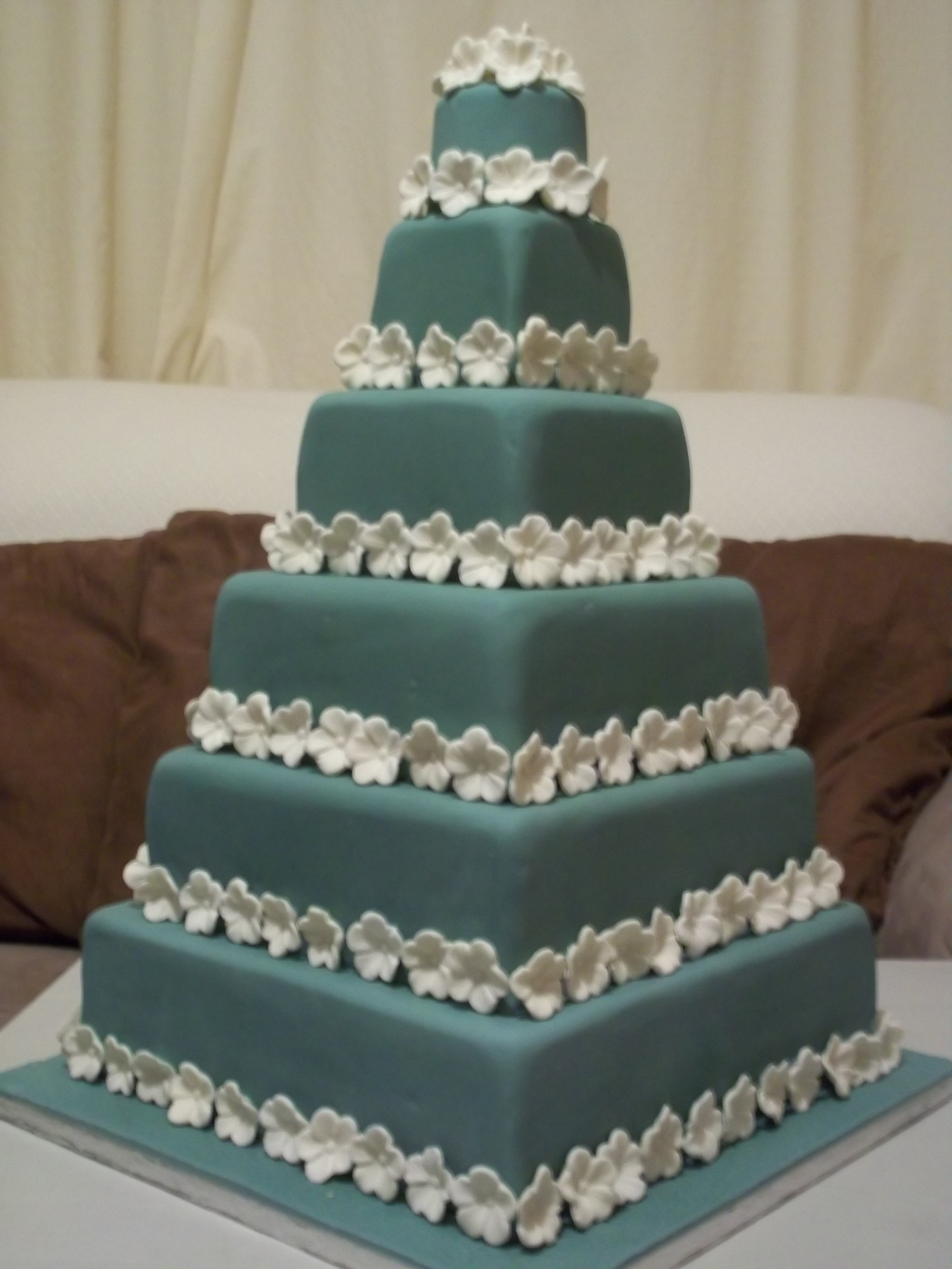 6 Tier Wedding Cake – Jan\'s Occasional Cakes