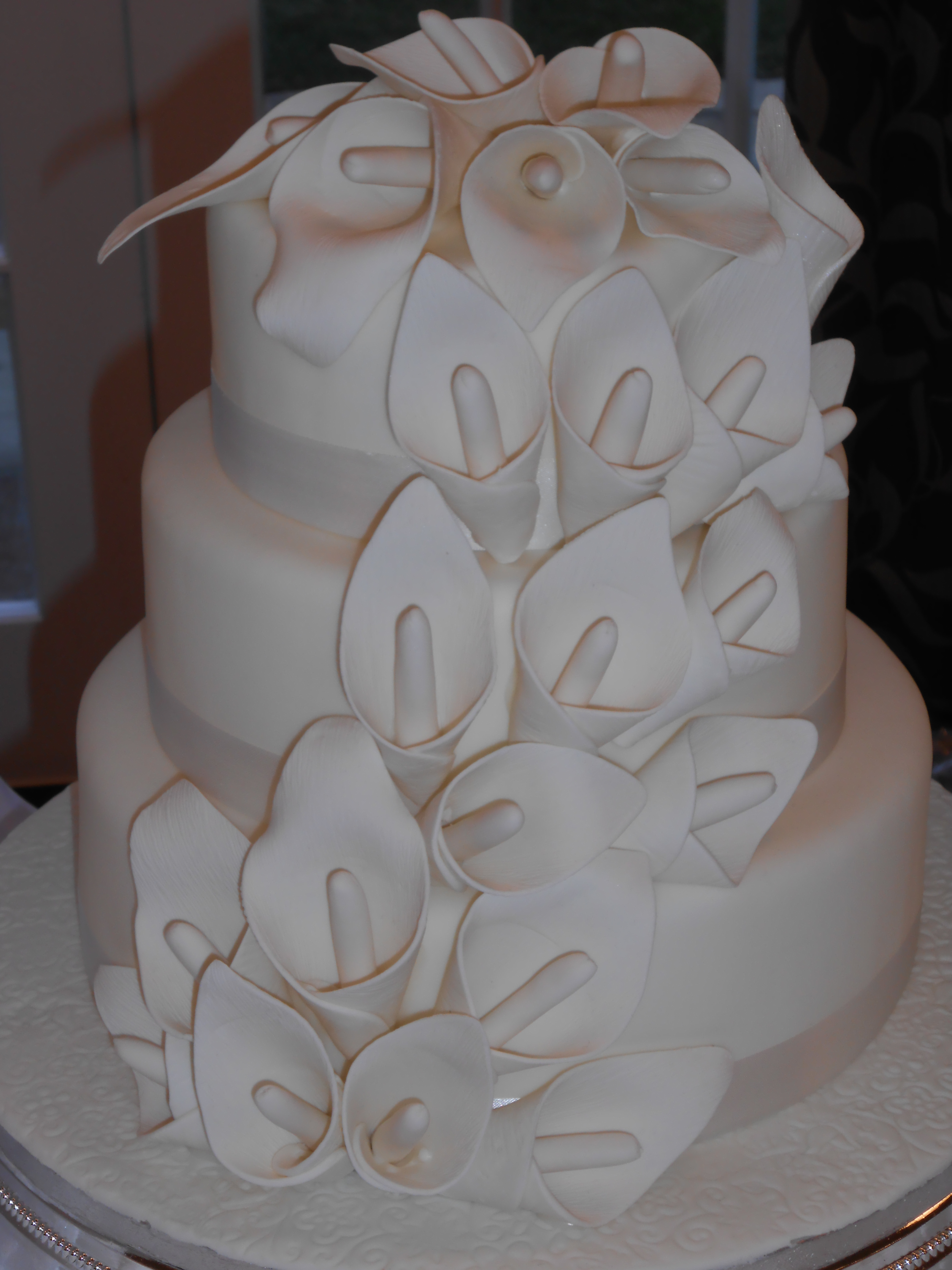 Calla Lily Wedding Cake – Jan s Occasional Cakes