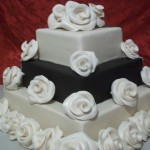 Black n White with Roses cake