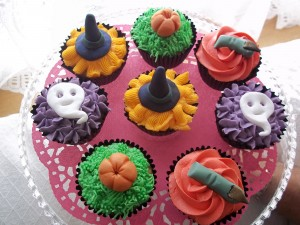 Halloween Cupcakes 022