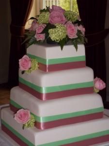 Amy and Matts Wedding cake